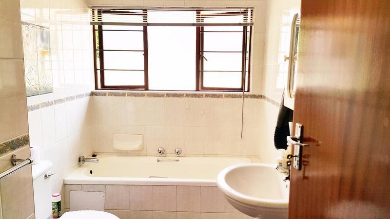 Property For Rent in Moreletapark, Pretoria 6