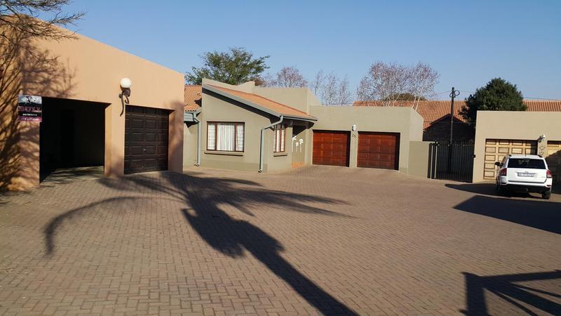 Property For Rent in Moreletapark, Pretoria 9
