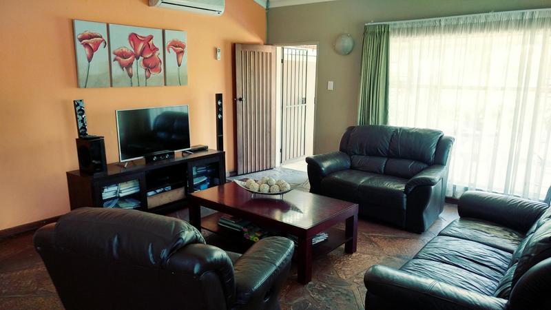 Property For Rent in Sinoville, Pretoria 4