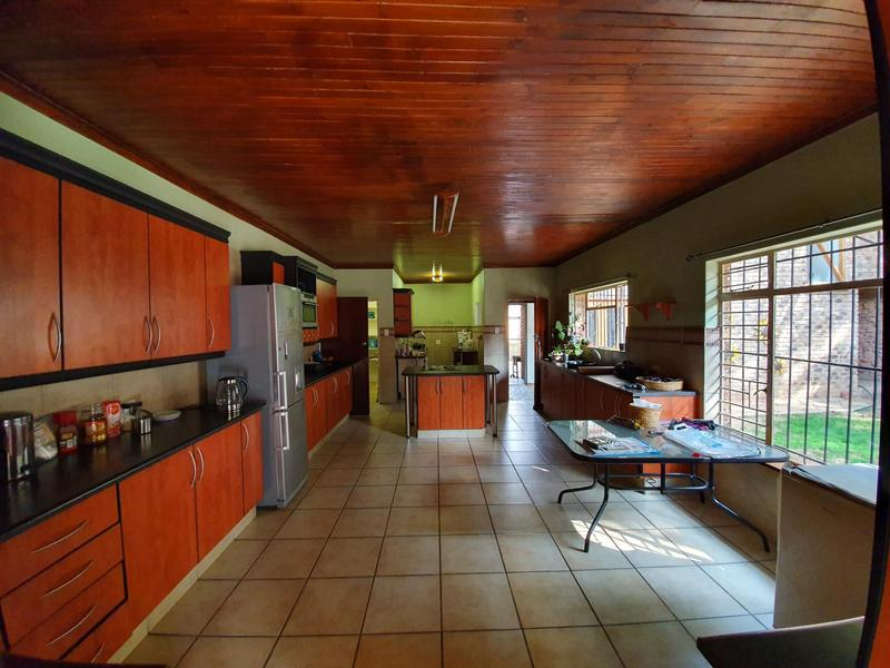 Property For Rent in Waverley, Pretoria 6