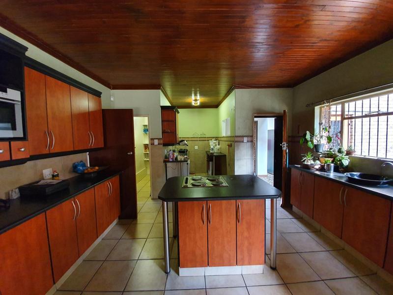 Property For Rent in Waverley, Pretoria 7