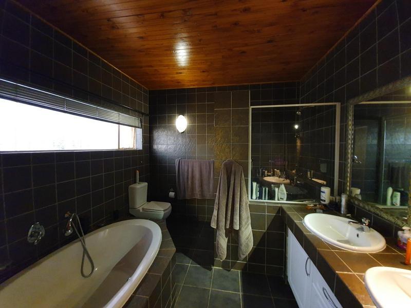 Property For Rent in Waverley, Pretoria 10