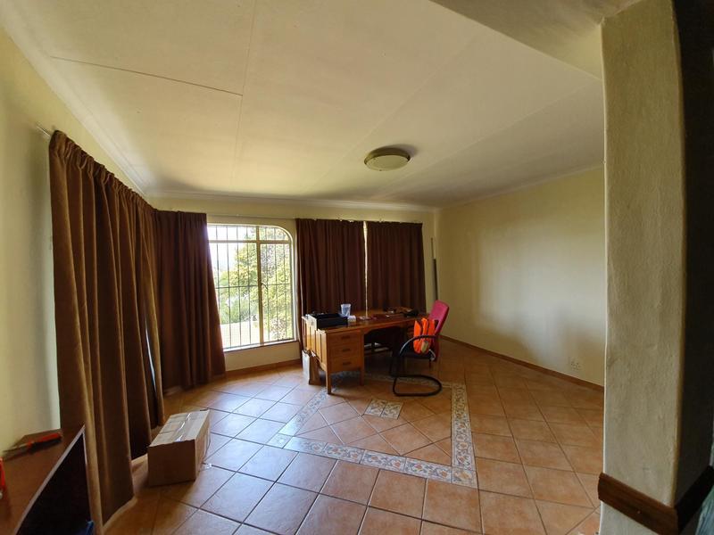 Property For Rent in Waverley, Pretoria 12