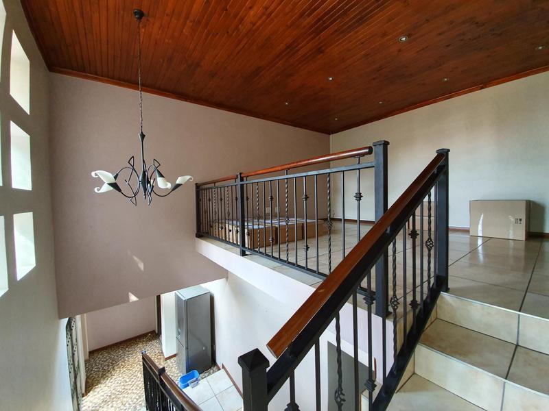 Property For Rent in Waverley, Pretoria 16
