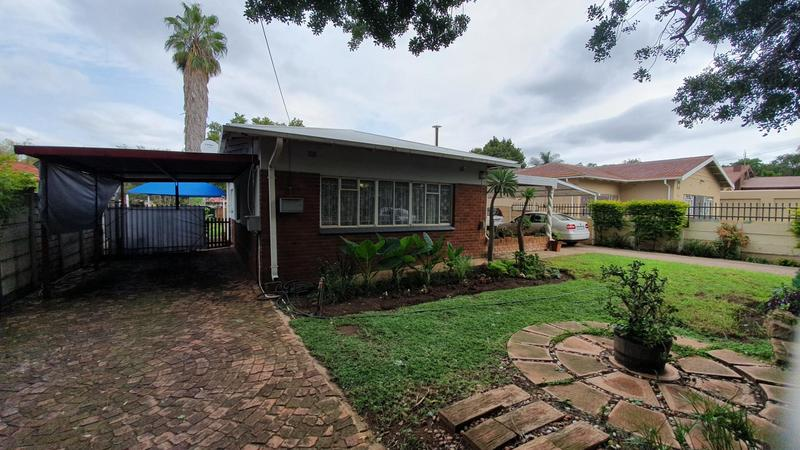 Property For Sale in Rietfontein, Pretoria 16