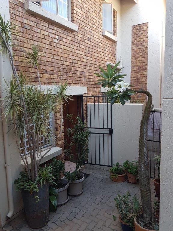 Property For Sale in La Montagne, Pretoria 13
