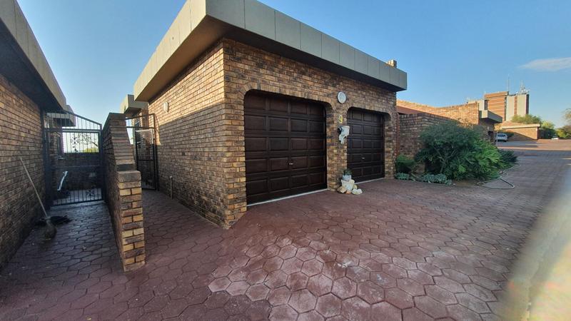 Property For Sale in La Montagne, Pretoria 10