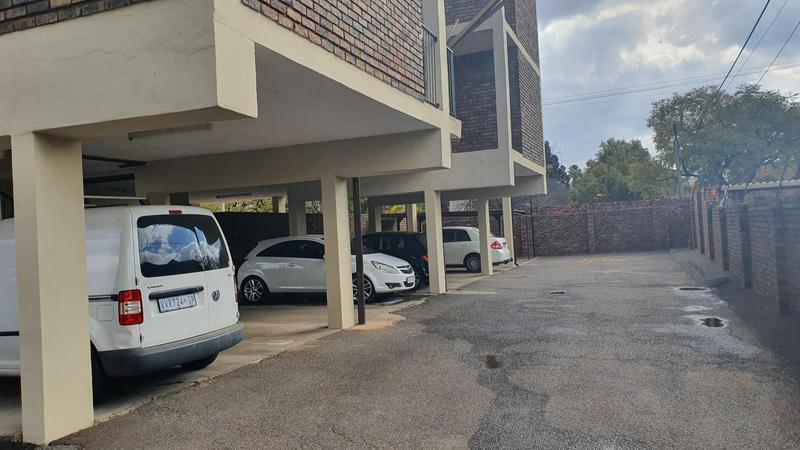 Property For Rent in Villieria, Pretoria 12