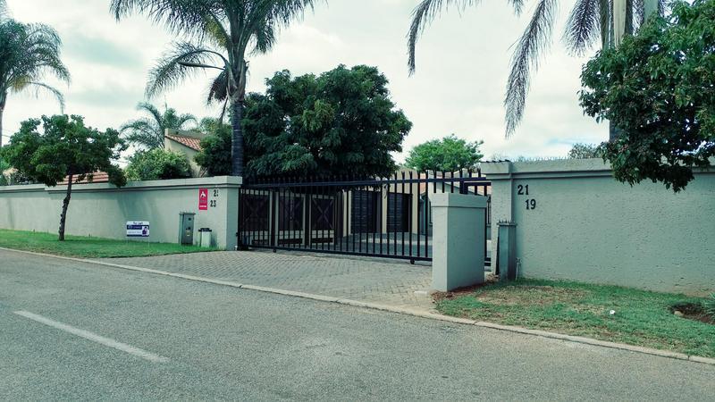 Property For Rent in Moreletapark, Pretoria 14
