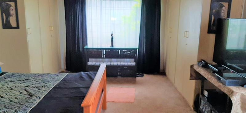 Property For Sale in Mountain View, Pretoria 8
