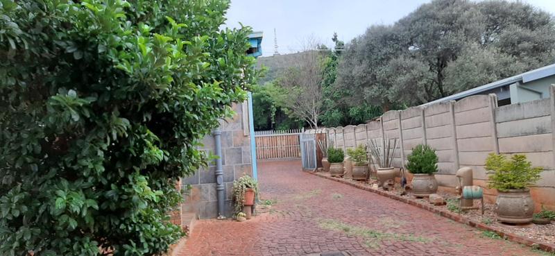 Property For Sale in Mountain View, Pretoria 13
