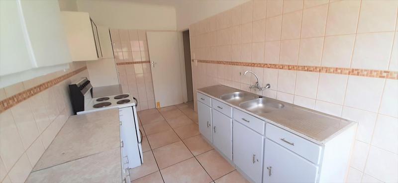 Property For Sale in Rietfontein, Pretoria 13