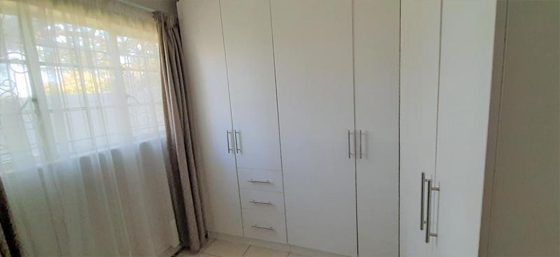 Property For Sale in Villieria, Pretoria 8